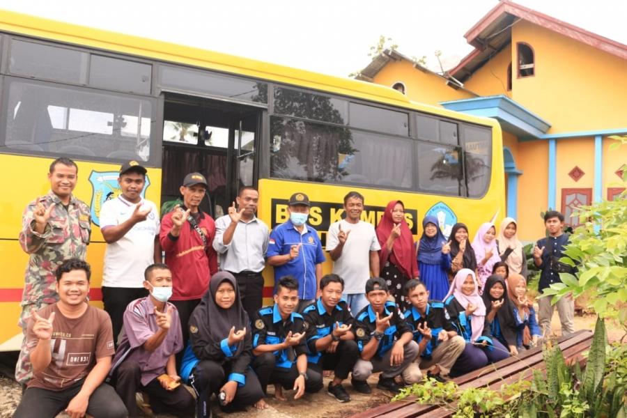 Mahasiswa Program Studi Akuakultur di dampingi Dosen Bersama Rektor UNIMUDA Sorong melakukan kunjungan ke kampung Bumi Ajo, Distrik Moswaren Kabupaten Sorong Selatan